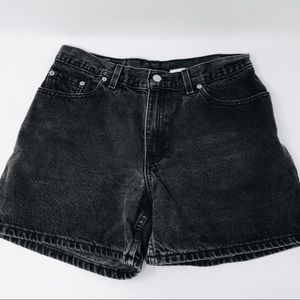 "Vintage LEVI'S 555 ""Guy's Fit"" Black Jean Shorts"